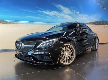 Mercedes-Benz - C63 AMG Coupé 4.0 V8 Sportuitlaat