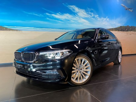 BMW - 520d Xdrive Luxury line 210pk automaat